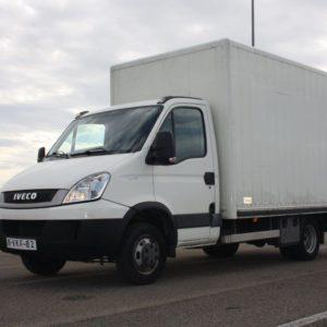 01-autocarro-furgone-iveco-daily-35c13-usato-vista-angolare-01
